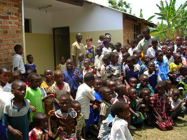 Les orphelins au village